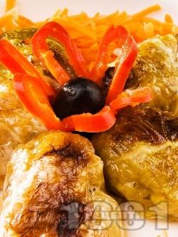 Постни сарми със зелеви листа, ориз и гъби печени на фурна - снимка на рецептата